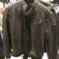 Jaket kulit pria by zara