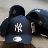 EXCLUSIVE BASEBALL HAT NY YANKEES NAVY c708ebe138