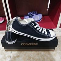 sepatu converse murah original warna hitam putih