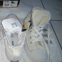 sepatu converse high ankle white rubber sole size 39