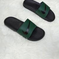Terbaru sandal nike flip flop benassi swoosh original BNWB