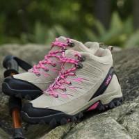 Dijual Sepatu Gunung Wanita - Sepatu Hiking - Snta Outdoor 605 - Biru