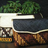 Dompet Pandan / Clutch Anyaman Pandan /Dompet Souvenir /Dompet Batik