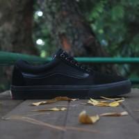 sepatu vans olscool full black untuk sekolah buat pria