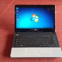 Laptop Acer V3 471 Intel Core  I3 Mulu  harga bagus bisa nego