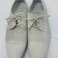 Sepatu kulit Merk Bata size 41 kondisi seperti digambar masih bagus