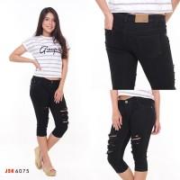 Celana Jeans 7/8 Sobek Non Lapis JSK 6075