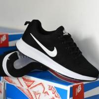 Sepatu Nike Zoom Premium Import Warna Hitam Putih Keren