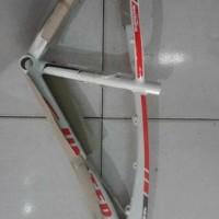 Sepeda. frame atau batangan xc 77 venus united