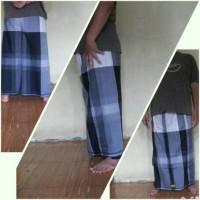 celana sarung wadimor hitam putih
