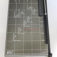 Alat Pemotong Kertas / Paper Cutter Origin F4