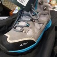 Dijual Sepatu Gunung Waterproof Womenseries Rei Smithsonia Murah
