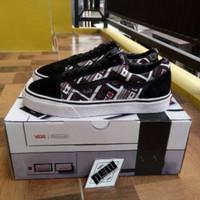 Sepatu Vans OS Oldskool Motif Nintendo Controller