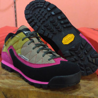 Sepatu Gunung hiking Berghaus pink Not snta hitech asolo adidas tnf