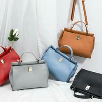 Tas Import Wanita model slingbag/handbag - Adelle Merk JimsHoney
