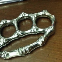 Knuckle Tulang Tengkorak/ Krakling, Alat Beladiri