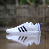 ADIDAS NEO ADVANTAGE WHITE HALF STRIP BLACK ORIGINAL b2f71b249d