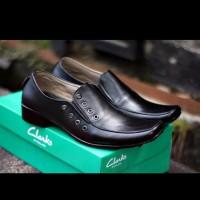 jual Sepatu Kerja Pria Clarks Pantofel Kulit Hitam