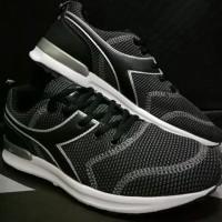 Asli DIADORA ORIGINAL. Fortinno DG. Sepatu Casual Pria. Running Lari