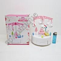 MUSIC BOX HK CAKE / KOTAK MUSIK HELLO KITTY GANTUNGAN AYUNAN PUTIH