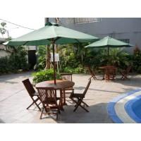 Set Kursi Meja Payung Santai Swimming Pool Villa Hotel