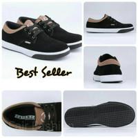 Jual Sepatu Sekolah / Sneaker / Kets / Casual Pria Hitam Catenzo - TF 105 Murah