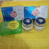 Jual obat cream pemutih kulit muka pencerah wajah alami untuk pria wanita Murah