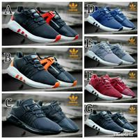 Sepatu Sneakers Olah Raga Pria Adidas