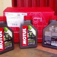MOTUL SCOOTER EXPERT LE - 10W40 - TECHNOSYNTHESE - 1 Liter - ORIGINALE