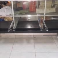 Kursi Tunggu Bandara 3 dudukan warna hitam bekas kondisi normal