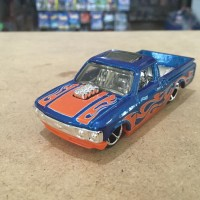 Hotwheels Custom 72 Chevy Luv Loose New