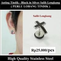 Anting Tindik Cowok Pria - Black in Silver Salib Lengkung