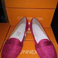 Sepatu Connexion Flat Merah f38a48d41c