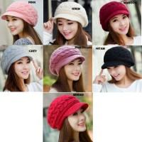 Topi kupluk wool wanita untuk musim dingin / winter
