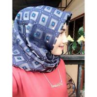 FLASH SALE Hijab Segi Empat Mata Dewa Bawal Kotak