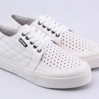 Sepatu Casual Wanita Sneaker Warna Putih Catenzo AK 818