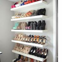 rak display sepatu