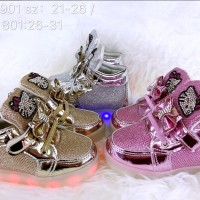 Hello Kitty Sepatu Anak Led Import + charge