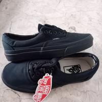 Sepatu Vans Era All Black Bonus Lanyard