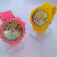 Jam tangan wanita Hello Kitty