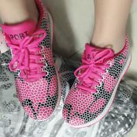 Sepatu Kets Sport Import , Bahan Lentur , untuk Cewek / Perempuan