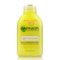 Garnier Skin Naturals. Light Complete. Milky Lightening Dew Toner