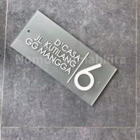 nomor rumah ( nomor_rumahkita ) acrylic , model B ( 18 x 38 cm)