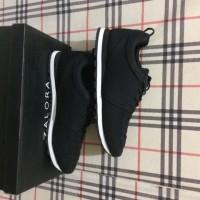 Sepatu Zalora Wave Detail Casual Sneakers Original
