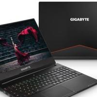 GIGABYTE AERO Laptop 15-W V8 i7-8750H 16GB 512GB GTX1060 6GB W10