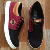 Sepatu casual Vans denim black maroon DMC13 limited edition