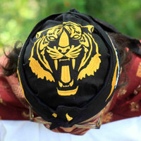 Iket tradisional khas sunda pajajaran siliwangi. Blangkon ikat sunda