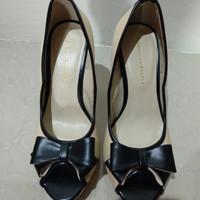 Jual sepatu high heels yongki komaladi no.39 second (preloved) Murah