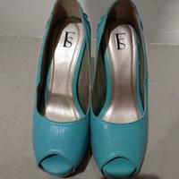 Jual Sepatu high heels hijau turqoise size 38 merk fs second (preloved) Murah