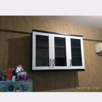 Lemari Gantung Dapur minimalis Pintu 3 Pintu Kaca BEST FURNITURE